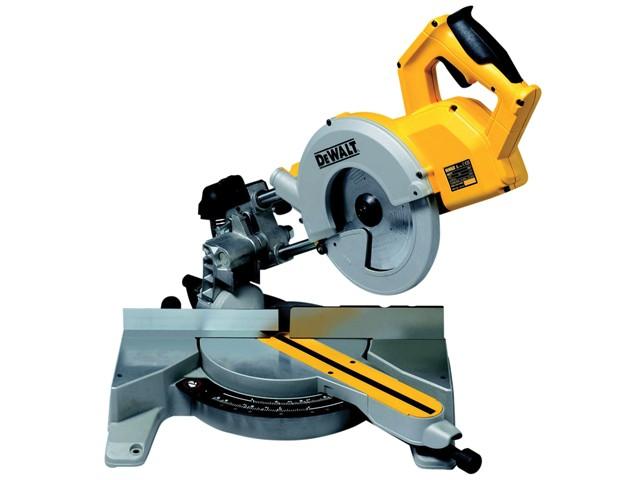 DW777 216mm Sliding Crosscut Mitre Saw 1800 Watt 240 Volt