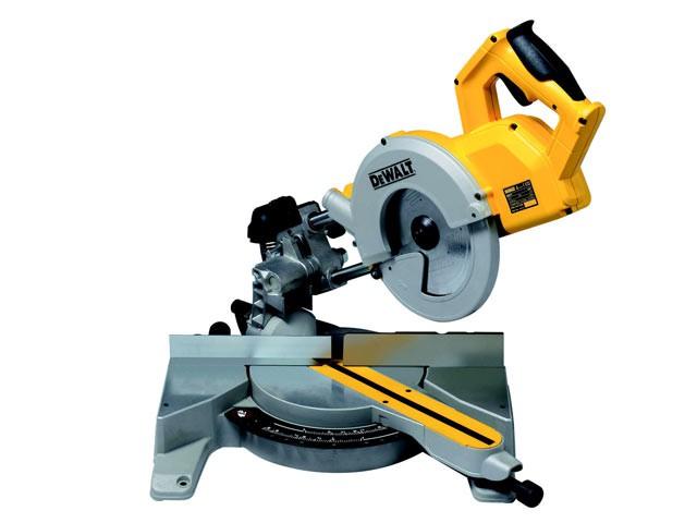DW777 216mm Sliding Crosscut Mitre Saw 1800 Watt 110 Volt