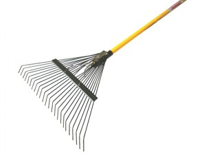 Lawn Rake Fibreglass Shaft