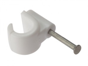 Pipe Clips with Masonry Nail 9mm Box 100