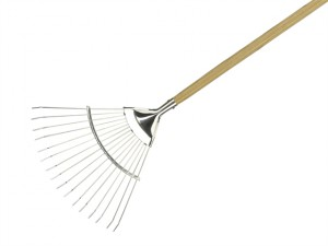 Long Handled Lawn & Leaf Rake Stainless Steel