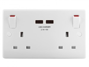 2-Gang Switched Socket Outlet + USB Charger 13 Amp