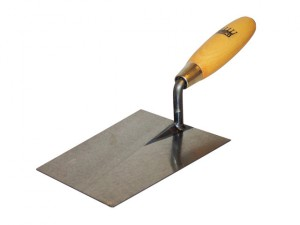 Bucket Trowel Wooden Handle 6.1/2in