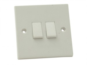 Lightswitch 2 Gang 2 Way 10 Amp