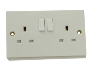 Double Switched Socket 13A