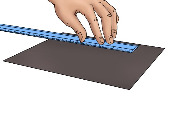Measuring a flexible magnetic sheet with a ruler