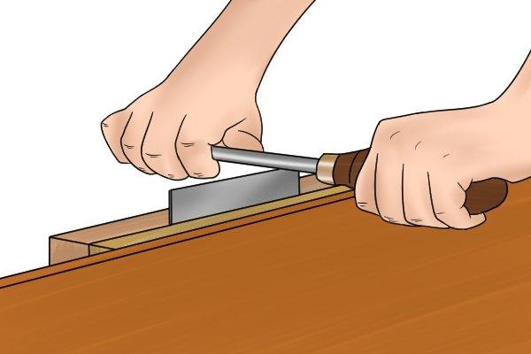 Cabinet scraper, card scraper, burnishing tool, burnish, smooth, edges, blade, tools, scraping, woodwork, carpenter, DIYer.