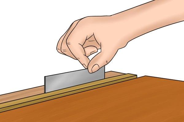 Cabinet scraper, card scraper, burr, sharp, burnishing tool, burnish, smooth, edges, blade, tools, scraping, woodwork, carpenter, DIYer.