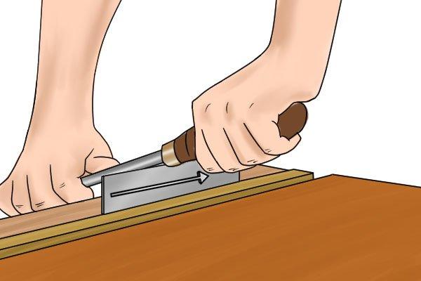 Cabinet scraper, card scraper, burnishing tool, burnish, angle, smooth, edges, blade, tools, scraping, woodwork, carpenter, DIYer.