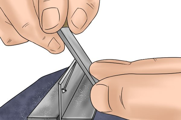Cabinet scraper, card scraper, two handled cabinet scraper, sharpen blade, cast iron, high carbon steel, scraping, woodwork, carpenter, DIYer.