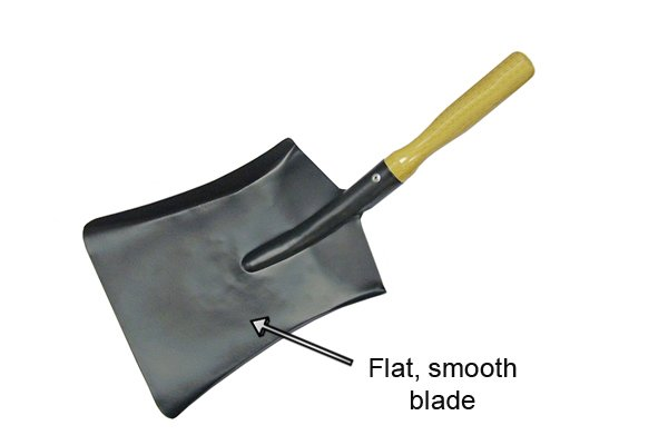 With its flat, rib-free surface, an Eastern pattern scoop is designed for for lighter, general purpose work e.g. general cleaning up, use in the food industry, lighter shovelling.
