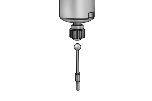 The body can be tightened so that the probe fits securely into the tool. Do not overtighten the body of the wiggler as this will stop the wiggler from working effectively. The interchangeable probes should be secure, but should also be able to move freely when the spindle of the machine is rotating.