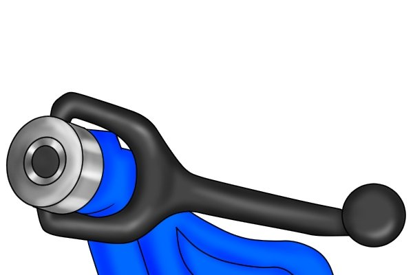 When the crank handle is turned, the chain is tightened around the pipe until the pipe is immovable.