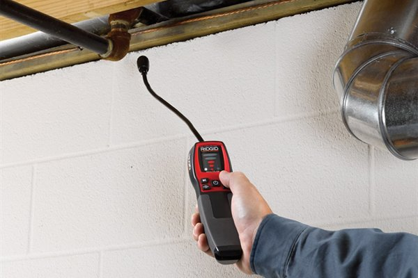 gas detector in use, home or professional applications