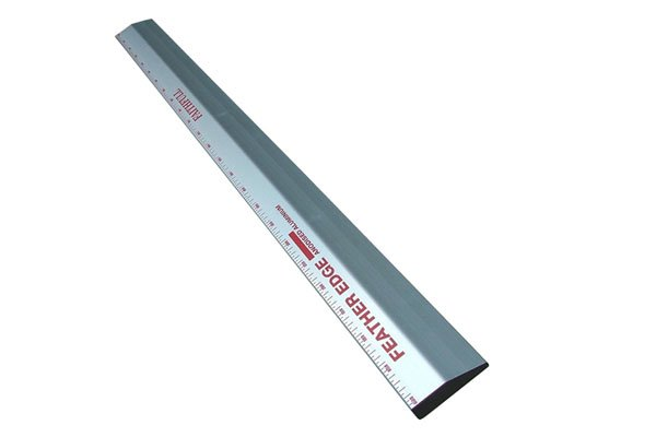 feather edge tool for plastering