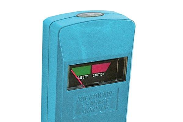 How Does A Microwave Leak Detector Work Wonkee Donkee Tools
