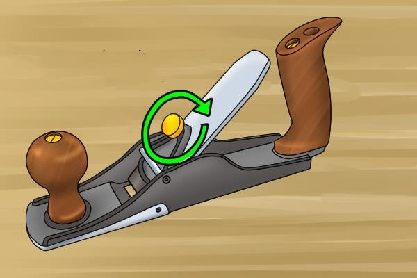 Tighten lever cap knob of scrub plane