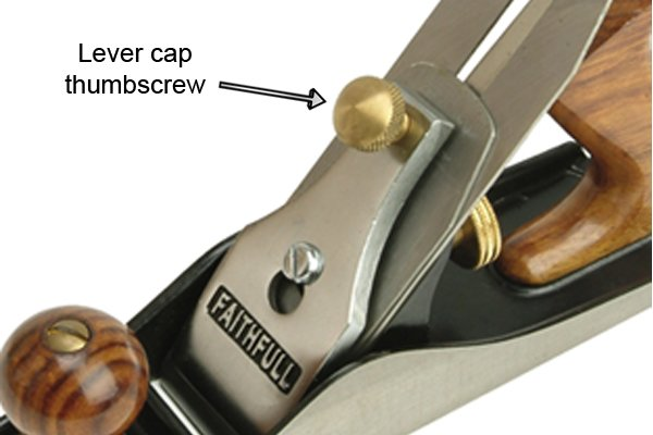 Lever cap thumbscrew of a low-angle bench plane