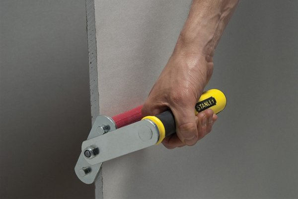 Board carriers and door carriers come in different designs