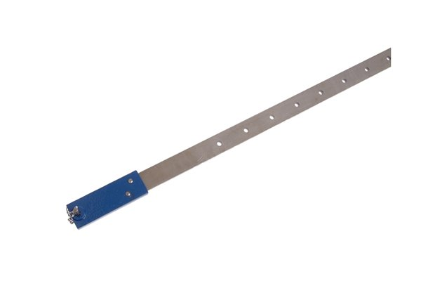 A lengthening bar provides additional length to a bar clamp