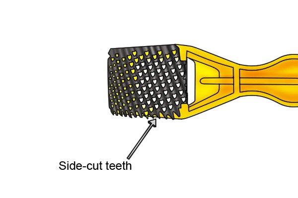Blade of a surform shaver has side-cut teeth