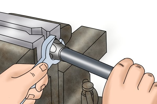Vice can be used to tighten or loosen an object