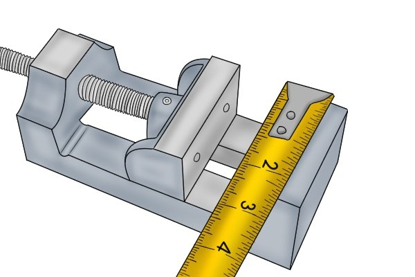 milling vice with measuring tape