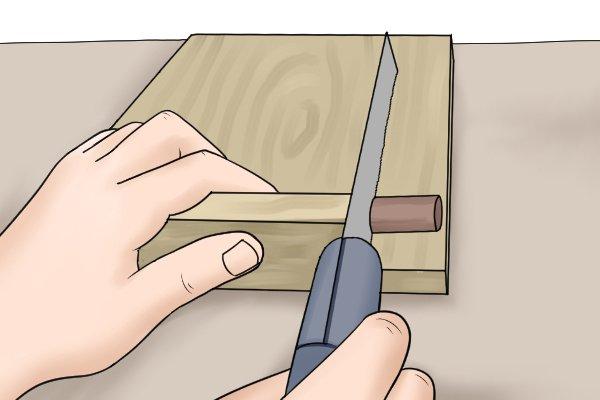 Using bench hook 'backwards' to cut on back stroke