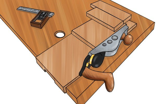 Using a bench hook with a sub-base for planing