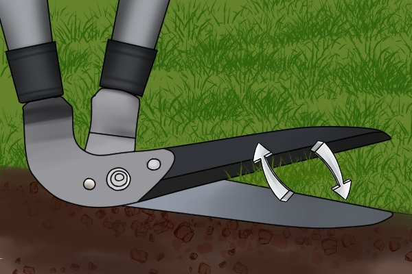 Self-sharpening edging shear blades with arrows