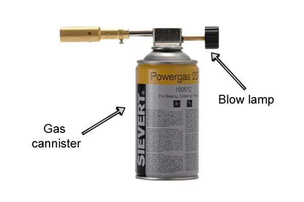 Blow lamp attached to a gas cannister