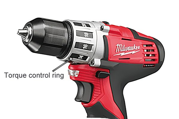 Torque control ring on a cordless drill driver