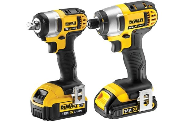 Corldess wrench impact driver and a cordless impact driver