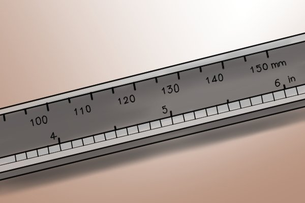 As well as on the LCD display, the measurement taken is shown on the main beam scale.