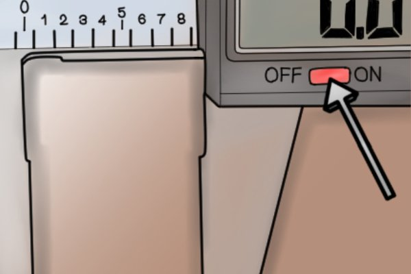 The LCD display can be easily turned on or off using the on/ off button.
