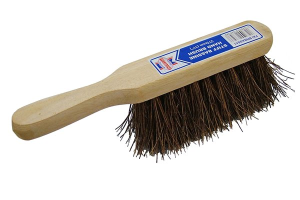 File card brush, file, hand brush, stiff bristles, cleaning, brushing, woodwork, metalwork, DIYer.