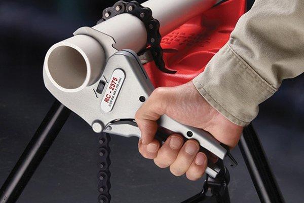 Ratchet tube cutter
