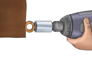 Turning a screw with a universal socket