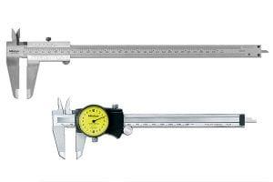 Vernier caliper in comparison to a dial caliper