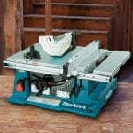 Makita 2705 10-Inch Contractor Table Saw on display
