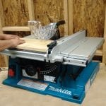 Makita 2705 10-Inch Contractor Table Saw with safety guard