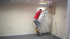 BPS Access Solutions Unique 2.74m (9') (10 Tread) Concertina Loft Ladder - Superb compact design with Rubber Coated Non Slip Treads