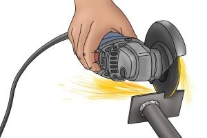Example of the high-speed required to cut metal with an angle grinder.